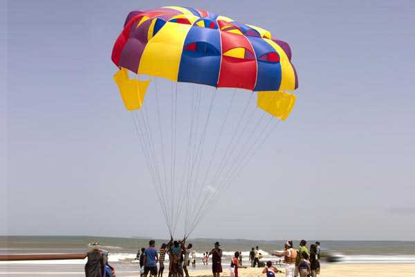 Parachute ascensionnel à goa